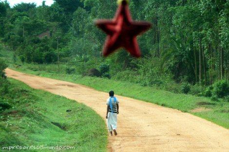 mujer-y-estrella-Uganda-impresiones-del-mundo