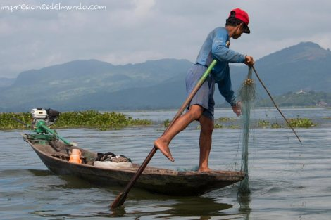 pescador-Lago-Inle-Myanmar-impresiones-del-mundo