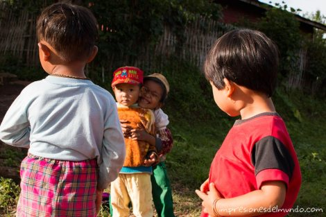 nenes-en-Pankam-2-Myanmar-impresiones-del-mundo