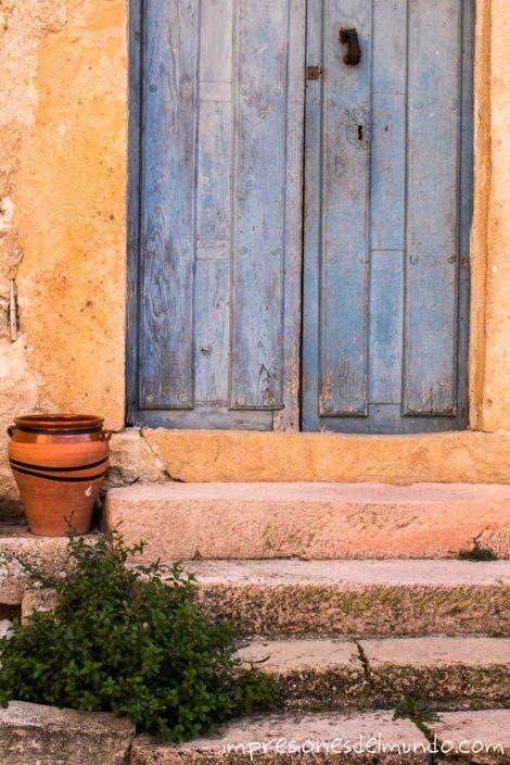 puerta-pueblos-de-Espana-impresiones-del-mundo