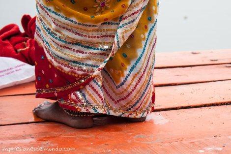 pies-de-mujer-y-sari-India-impresiones-del-mundo