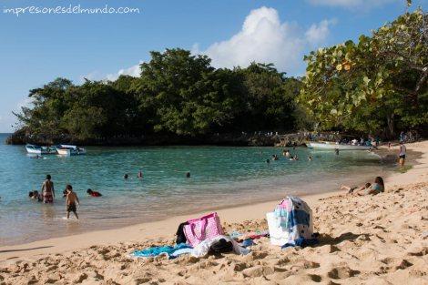 Playa-Cabrera-Republica-Dominicana-impresiones-del-mundo