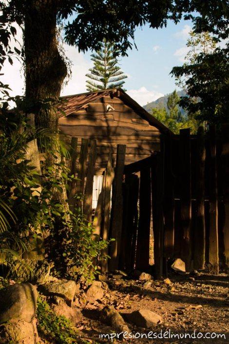 casa-de-madera-Jarabacoa-republica-dominicana-impresiones-del-mundo