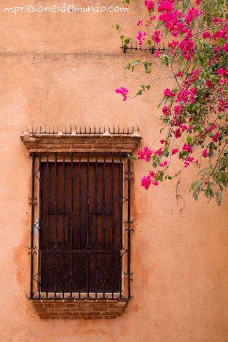 ventana-marron-Santo-Domingo-impresiones-del-mundo
