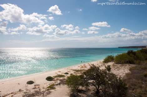 vista-bahia-de-las-aguilas-republica-dominicana-impresiones-del-mundo