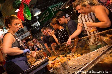 La-Boqueria-puesto-de-comida-barcelona-impresiones-del-mundo