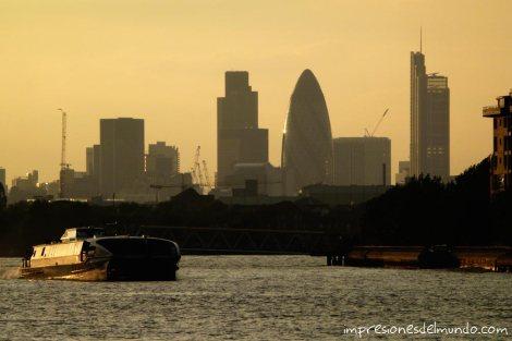 edificio-guerkin-Londres-impresiones-del-mundo
