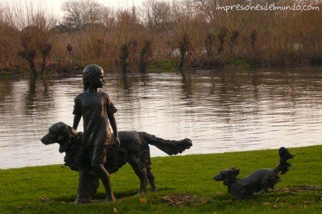 escultura-Hammersmith-Londres-impresiones-del-mundo