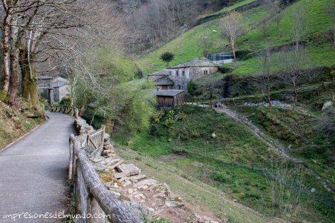 llegando-a-teixois-asturias-impresiones-del-mundo