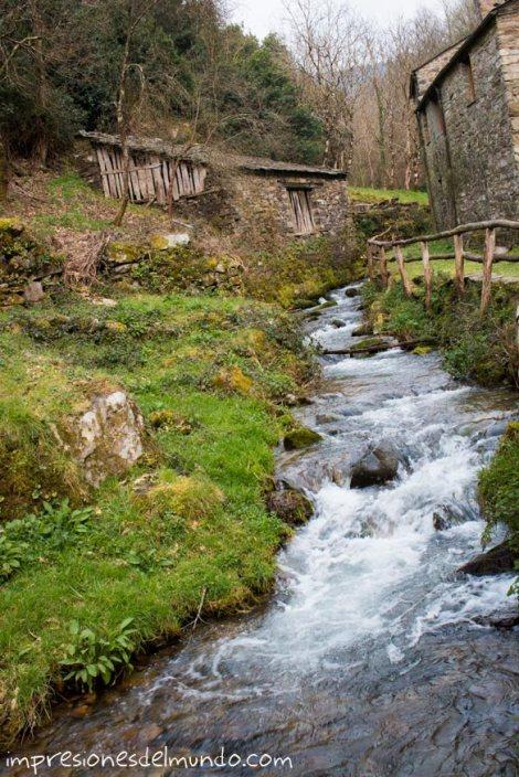 riachuelo-teixois-asturias-impresiones-del-mundo